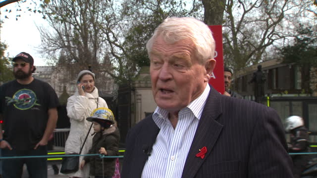 house of commons votes on air strikes in syria shows exterior shot lord paddy ashdown talks about what needs to be done in defeating isis what the... - paddy ashdown stock-videos und b-roll-filmmaterial