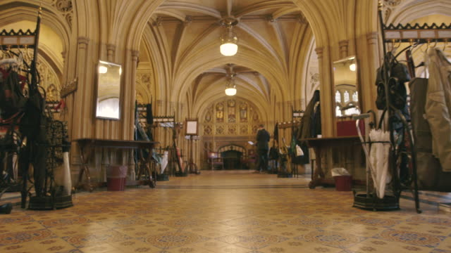 vidéos et rushes de house of lords interior, westminster, uk - parlement britannique