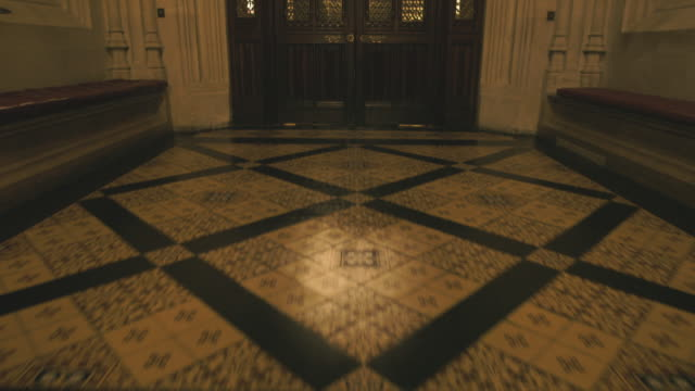 house of lords interior, westminster, uk - ドア点の映像素材/bロール