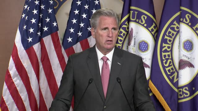 house republican leader kevin mccarthy of california tells reporters at a postelection press conference that he put a lot of thought into the next... - 会長点の映像素材/bロール