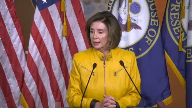 house speaker nancy pelosi of california answers a reporter question at a weekly news conference about whether it was clear for president donald... - präsident der usa stock-videos und b-roll-filmmaterial