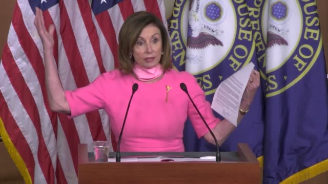 house speaker nancy pelosi of california approaches the podium for a weekly press conference after a week of nationwide unrest since the death of... - lincolndenkmal stock-videos und b-roll-filmmaterial