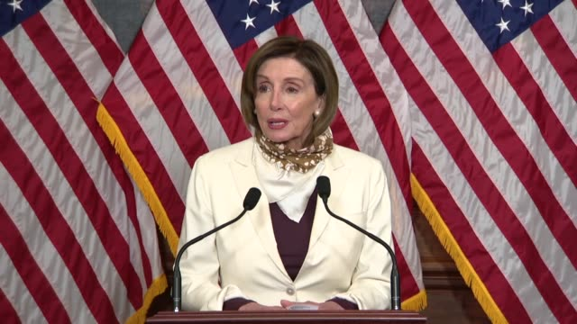 house speaker nancy pelosi of california says that a bill signing ceremony of the paycheck protection program and health care enhancement act to... - disegno di legge video stock e b–roll