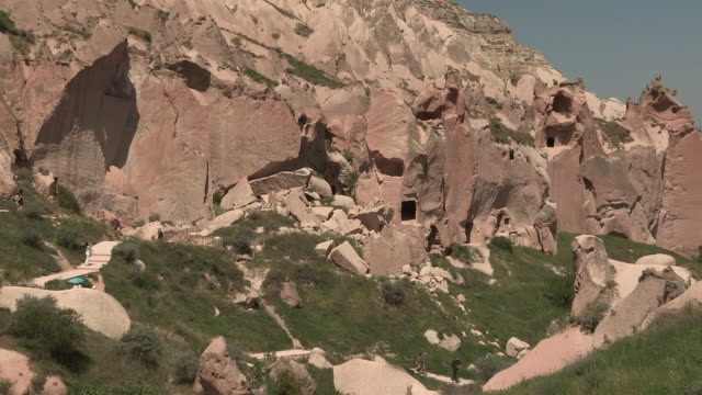 houses and facades, cappadocia, turkey - cliff dwelling stock videos & royalty-free footage