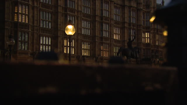 houses of parliament at dusk - uk stock videos & royalty-free footage