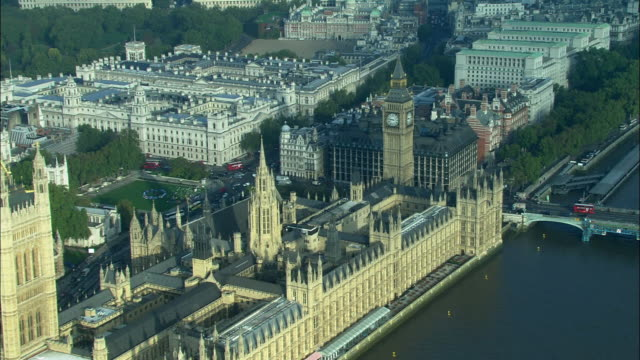 aerial, houses of parliament, london, england - ビッグベン点の映像素材/bロール
