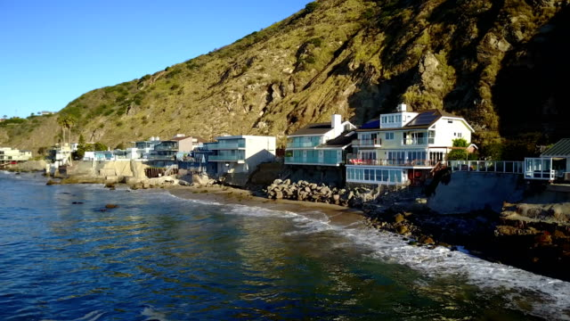houses on coast - malibu stock videos & royalty-free footage