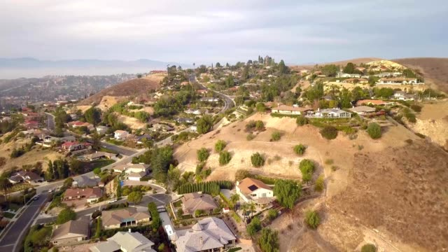 houses on the hill in thousand oaks, california - ventura stock videos and b-roll footage