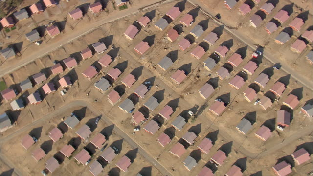aerial ws zo zi housing development with rows of houses, johannesburg, gauteng, south africa - zoom in stock videos & royalty-free footage