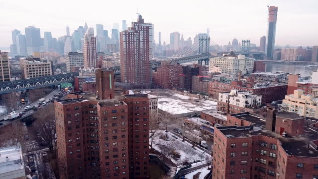 housing projects in new york city winter - 公営アパート点の映像素材/bロール