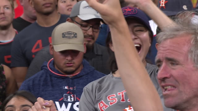 kiah houston astros fans celebrate world series win - baseball world series stock-videos und b-roll-filmmaterial