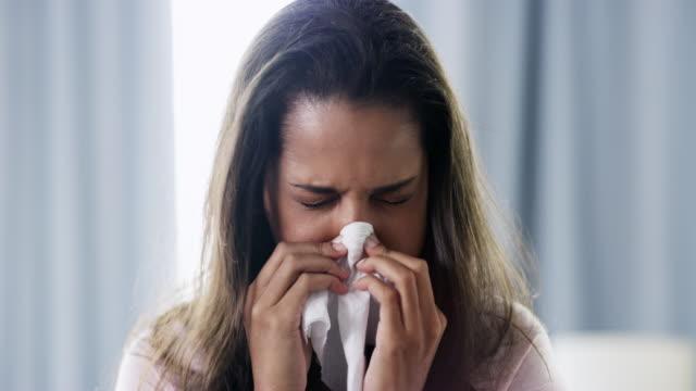 stockvideo's en b-roll-footage met hoe kan men een griep abonnement annuleren? - verkoudheidsvirus