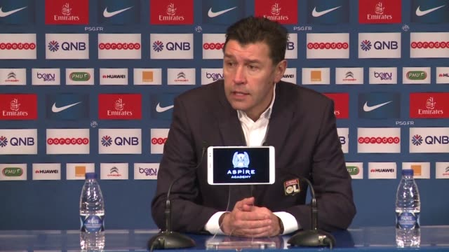 vídeos de stock, filmes e b-roll de hubert fournier became the second french ligue 1 coach in two days to be replaced when he was removed from the hotseat at mid table lyon on thursday... - olympique lyonnais