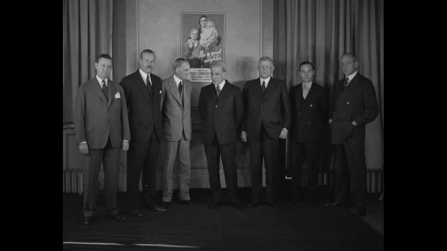 vídeos de stock e filmes b-roll de hudson motors head roy d chapin, police commissioner james k watkins, henry ford, general electric's gerard swope, national bank of detroit president... - general electric