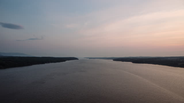 hudson river dawn timelapse 4k - hudson valley stock videos and b-roll footage