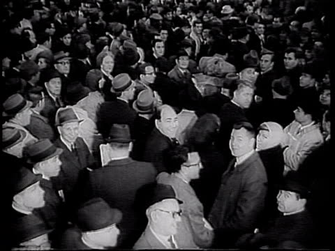 huge crowd waiting in penn station for the long island railroad during nyc transit strike nyc transit strike at penn station on january 06 1966 in... - long island railroad stock videos and b-roll footage