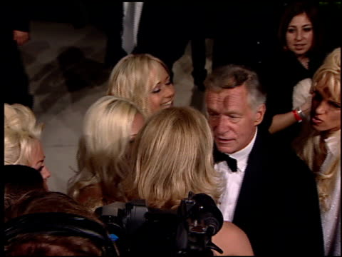 hugh hefner at the 2001 academy awards vanity fair party at the shrine auditorium in los angeles california on march 25 2001 - hugh hefner stock videos & royalty-free footage