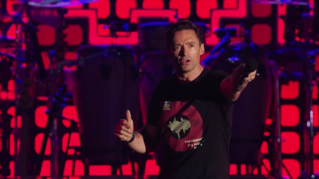vídeos y material grabado en eventos de stock de gif hugh jackman at 2017 global citizen festival for freedom for justice for all - formato de archivo gif