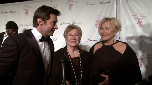 interview hugh jackman with motherinlaw and wife fay duncan and deborralee furness fay talks about being honored and hugh talks about presenting his... - mother in law stock videos & royalty-free footage