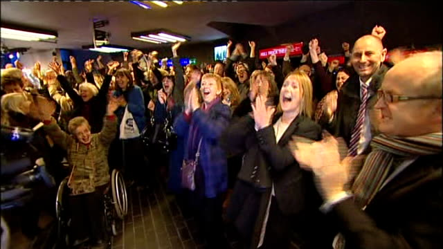 Hull named UK City of Culture 2017 ENGLAND Kingston upon Hull INT People cheering and applauding on hearing Hull to be UK City of Culture 2017