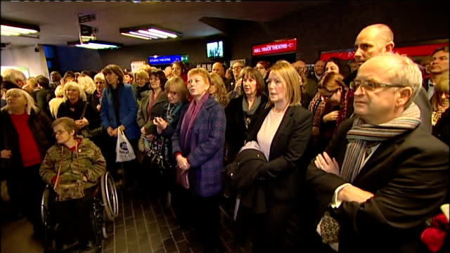 Hull named UK City of Culture 2017 ENGLAND Kingston upon Hull INT People waiting to hear announcement on UK City of Culture