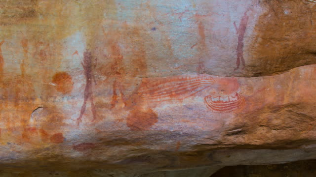 human and ship figure, salmanslaagte bushman rock art trail - cave painting stock videos & royalty-free footage