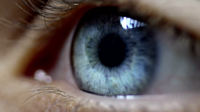 stockvideo's en b-roll-footage met human eye - open