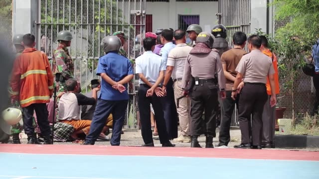 Hundreds of Indonesian security forces have been deployed to Banda Aceh prison following riot in Lambaro Aceh Indonesia on January 04 2018 The riot...