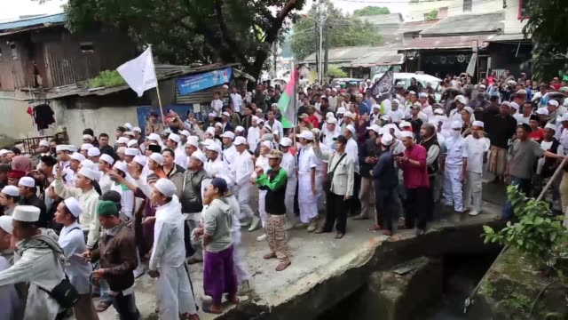 hundreds of participant from indonesian islam front defender held demonstration in front of tempo media as one of large media in indonesia in jakarta... - participant stock videos and b-roll footage