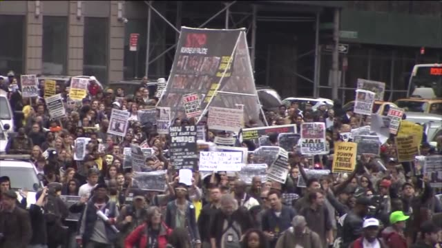hundreds of protesters gathered in new york city to march against police brutality the protest began with a rally in manhattan's union square the... - union square new york city stock videos & royalty-free footage