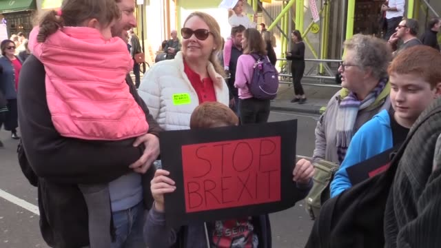 hundreds of thousands of people gathered in central london to stage the biggest proeu rally to urge the government for a second referendum on the... - 2018 stock videos & royalty-free footage