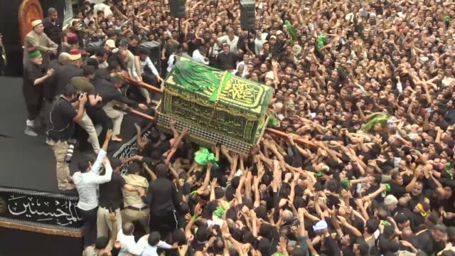 hundreds of thousands of shiite faithful thronged the mausoleum of imam kadhim in baghdad sunday for the climax of a weeklong pilgrimage that saw... - mausoleum stock videos and b-roll footage
