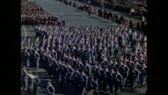 hundreds of west point cadets march in third inaugural parade for president roosevelt - 大統領就任式点の映像素材/bロール