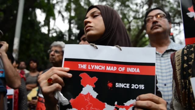 hundreds protest in new delhi against the targeted lynchings of muslims occurring across the country - lynching stock videos & royalty-free footage