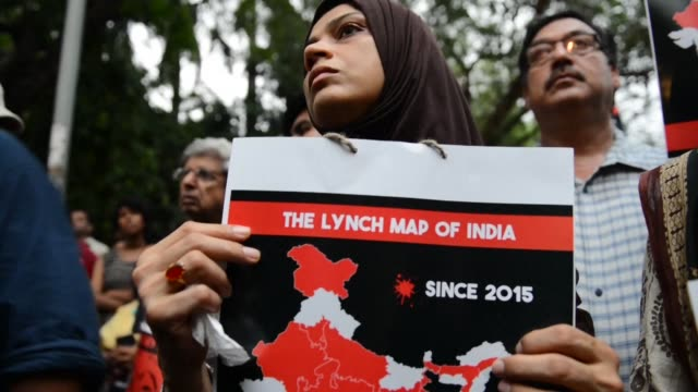 hundreds protest in new delhi against the targetted lynchings of muslims going on countrywide - lynching stock videos & royalty-free footage