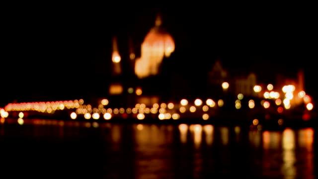 ハンガリー夜には、ブダペスト国会議事堂 - ブダペスト点の映像素材/bロール