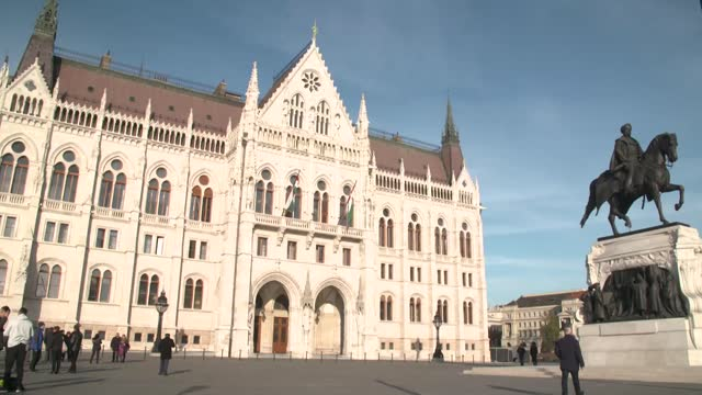 hungarian parliament building - hungary stock videos & royalty-free footage