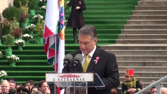 hungarians gather to celebrate national day on march 152015 in budapesthungary on 15th march hungarians commemorate the revolution and the following... - osteuropäische kultur stock-videos und b-roll-filmmaterial
