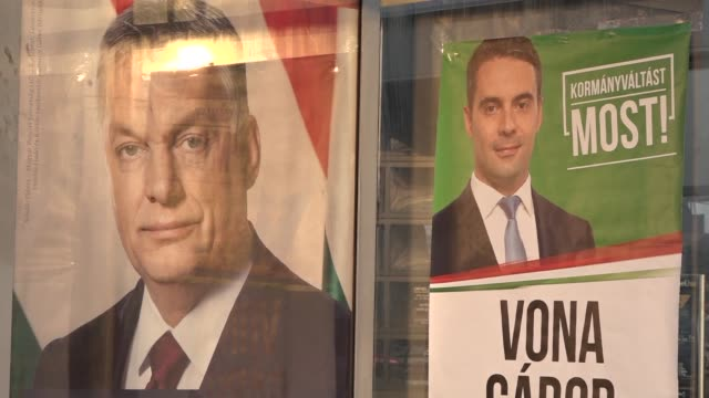 vídeos de stock e filmes b-roll de hungarians in gyöngyös head to the polls in an election that is being keenly observed across europe which will determine whether firebrand... - cultura húngara