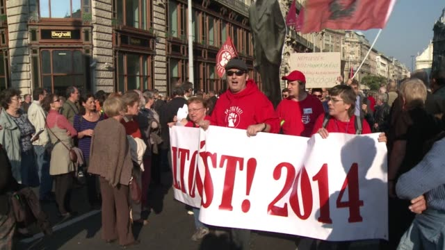 hungarians took to the streets on tuesday in rival rallies for and against prime minister viktor orban with tens of thousands of his opponents... - eastern european culture stock videos & royalty-free footage