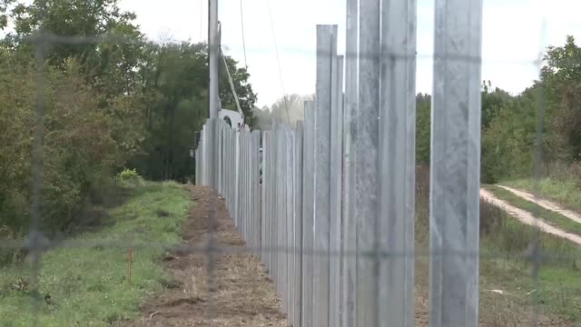 Hungary has started to build a new barrier in Beremend on the Croatian border similar to the one already constructed on its Serbian border to stave...