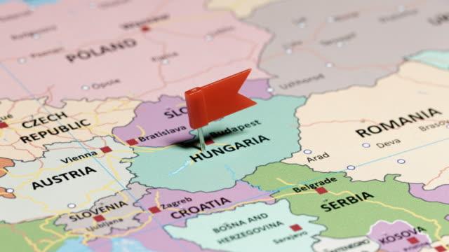 ピンが付いているハンガリー - 国境点の映像素材/bロール