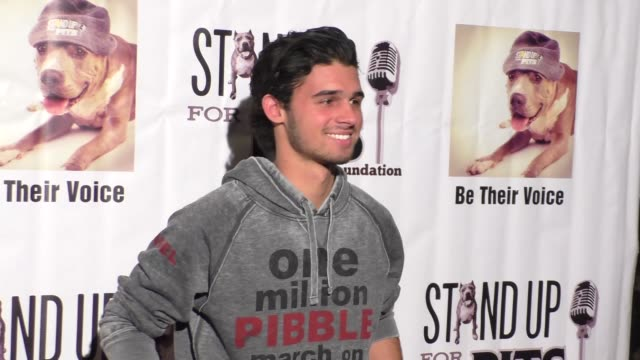 hunter sansone at stand up for pits comedy benefit at the improv comedy club in west hollywood in celebrity sightings in los angeles, - スケッチコメディー点の映像素材/bロール