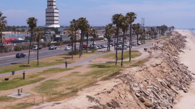 ハンティントン ビーチ カリフォルニア航空 - 澄んだ空点の映像素材/bロール