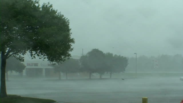 hurricane gustav - louisiana stock videos & royalty-free footage