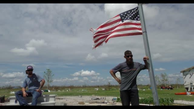 vidéos et rushes de hurricane laura damage in lake charles louisiana - louisiane