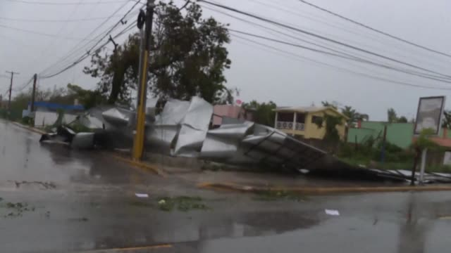 Hurricane Maria provoked only moderate damage in the Dominican Republic's Punta Cana Thursday as the monster storm moved towards the Turks and Caicos...