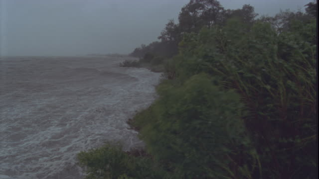 a hurricane pounds the coast of virginia. available in hd. - hurricane stock videos & royalty-free footage