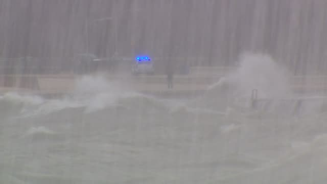 hurricane sandy hits chicago on october 30 2012 in chicago illinois - lake michigan stock videos & royalty-free footage
