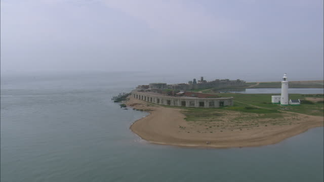 hurst castle, solent - southampton hampshire stock-videos und b-roll-filmmaterial